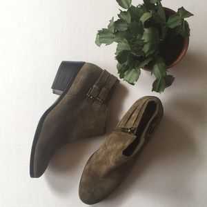 Sam Eldeman olive green booties